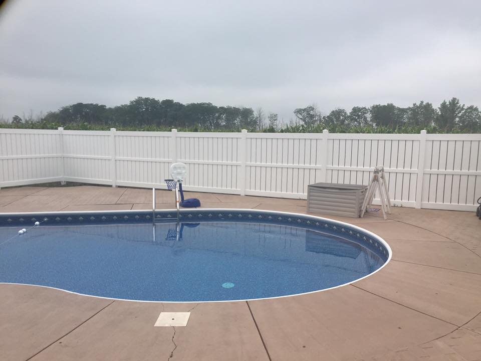 Pool fencing for privacy